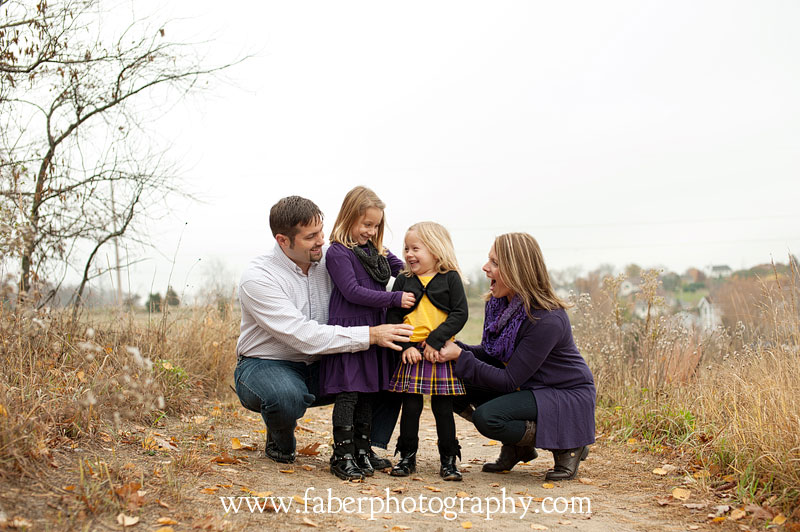 West Bend WI Outside Fall Family Portraits Faber Photography