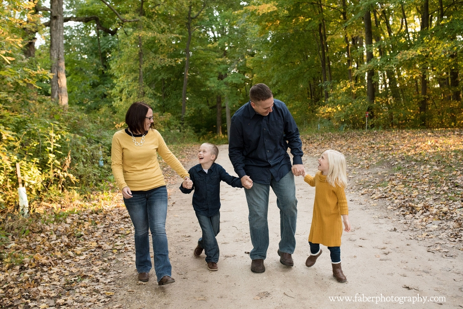 Richfield Nature Center Fall Family Photos